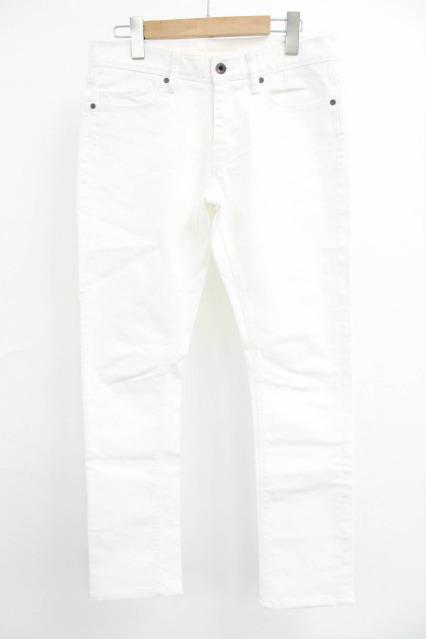 GOSTAR DE FUGA パンツ.カラーホワイト