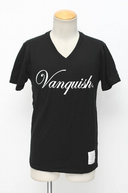 VANQUISH Tシャツ.VANQUISHロゴVネック