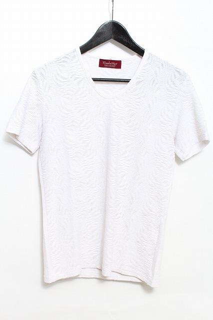 TORNADO MART Tシャツ.タックジャガードオーナメントUネック