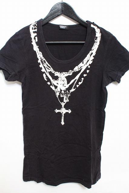 TORNADO MART Tシャツ.ネックレスプリント
