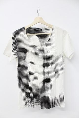 TORNADO MART Tシャツ.Vneck:print