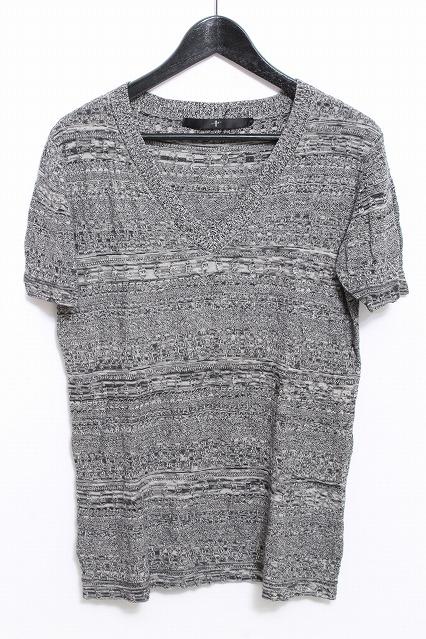 NO ID. Tシャツ.Vネックニット